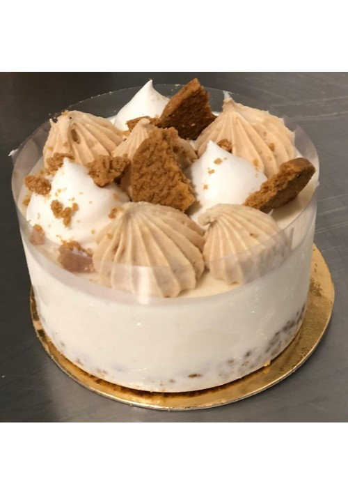 Lotus Cookie Cream Cake